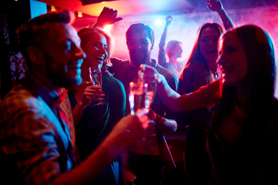 Alcool, cannabis, jeunes, fête, ©123RF