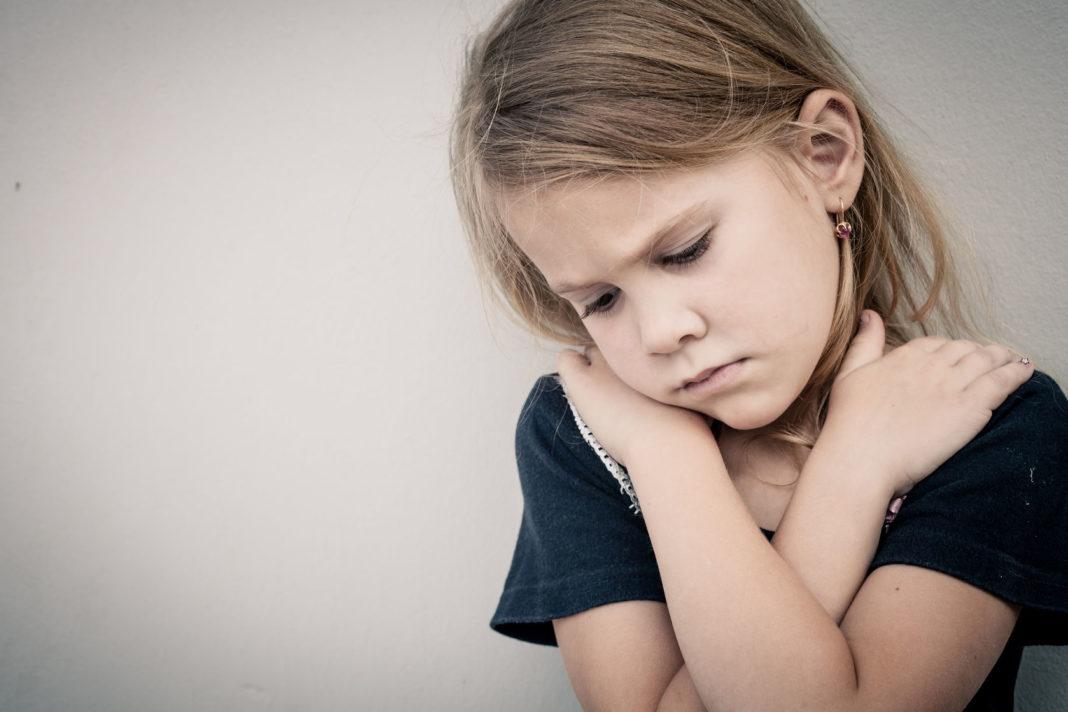 violences faites aux enfants, Journée des droits de l'enfant, convention des droits de l'enfant ©123 RF