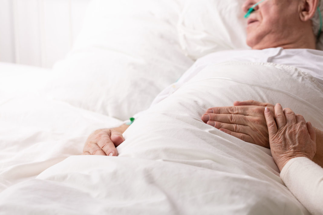 coronavirus, personnes âgées, covid-19 123RF©