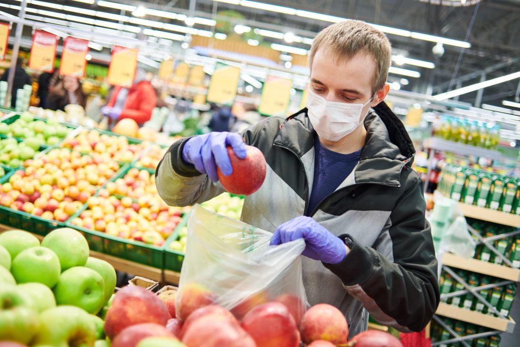Port du masque pendant l'épidémie de coronavirus, 123RF©