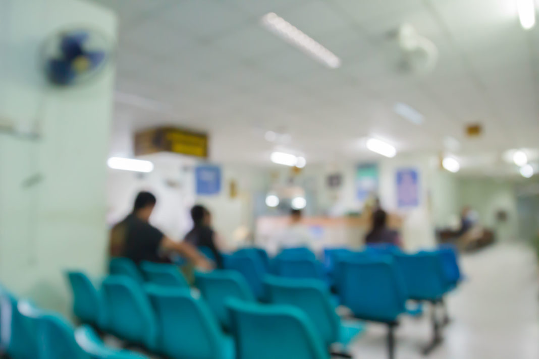 centre covid-19, coronavirus, centres spécialisés, épidémie 123RF©